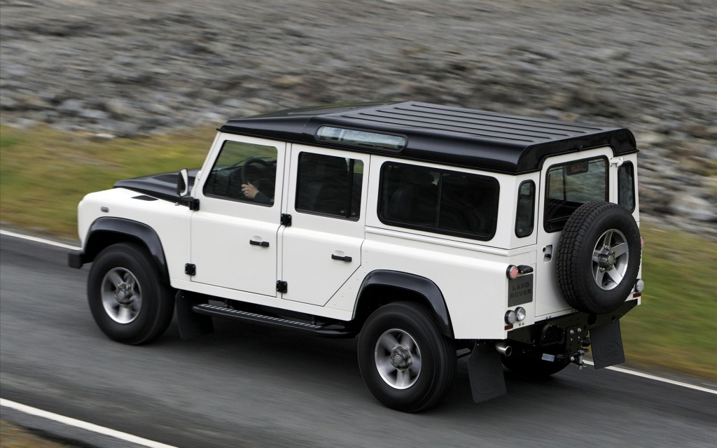 land-rover-defender-12