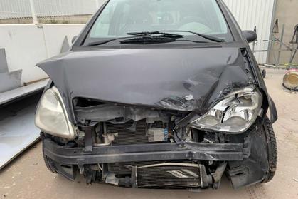 Compra venta de coches roto y accidentados.